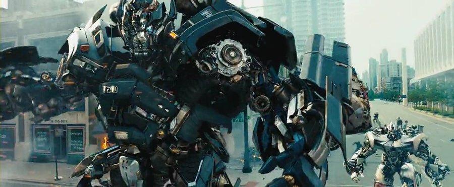 オートボット「アイアンハイド」