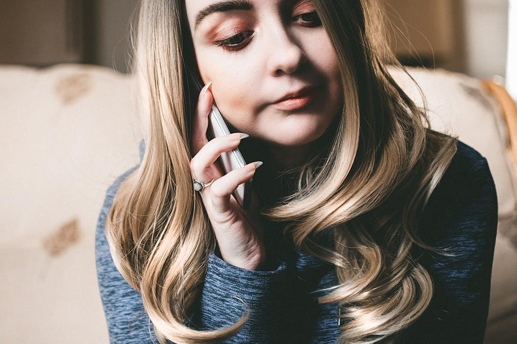 彼女との電話
