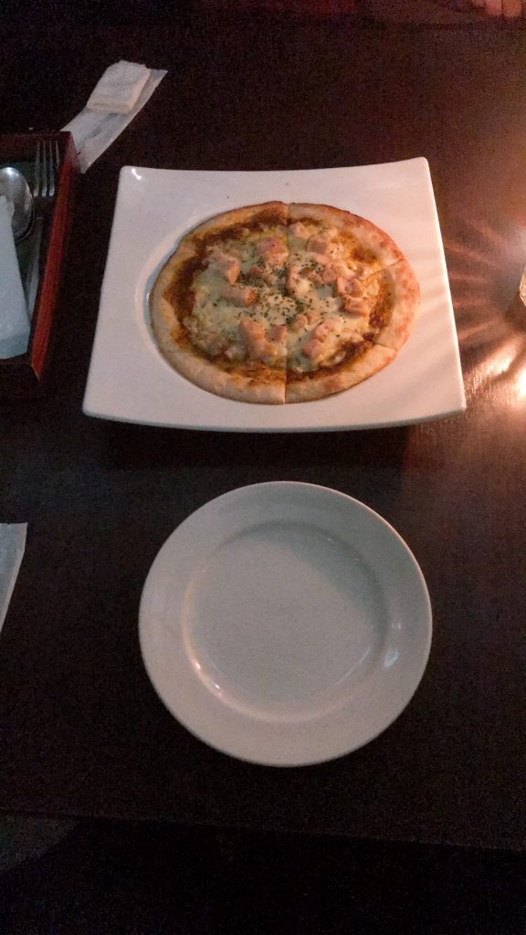 グリーンハウスシルバのピザ